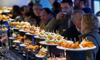 """Japanse stad Taki krijgt een """"mini San Sebastian"""" met een gastronomische straat met bars en pintxos"""