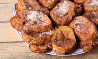Geniet van de Spaanse wentelteefjes of torrijas als Pasen lekkernij