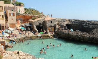Diverse natuurgebieden en baaien op Mallorca niet meer te bereiken met de huurauto