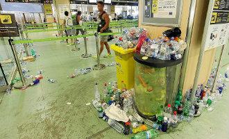 Staking schoonmaakpersoneel vliegveld Ibiza zorgt voor chaos en ophoping afval *UPDATE*