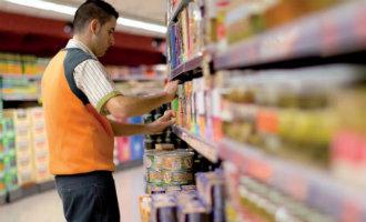Woon je in Spanje en zoek je voor de zomer een bijbaan? De supermarkten hebben personeel nodig!
