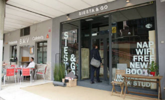 Eerste siesta bar van Spanje geopend in zakencentrum Madrid