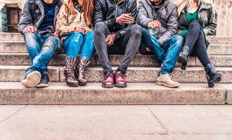 Jongeren die niet werken en niet studeren krijgen 430 euro per maand van de Spaans regering