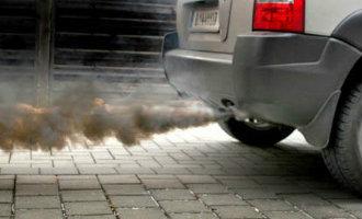Milieu vervuilende auto's mogen vanaf december niet meer op bepaalde dagen en tijden in Barcelona komen