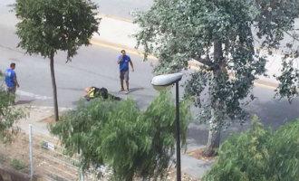 Man schiet met machinegeweer bij begraafplaats nabij Barcelona waarbij twee agenten gewond raakten