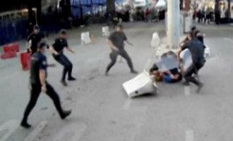 """Man verwondt op de Spaanse grens met Marokko een agent en roept """"Allah is groot"""""""