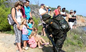 Gemeenteraadslid l'Escala neemt ontslag nadat hij het leger toestemming gaf voor militaire oefening op zijn camping