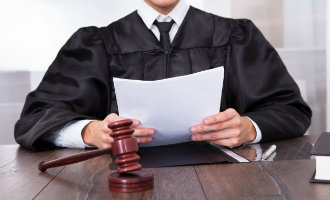 Britse familie kan de gevangenis ingaan vanwege fraudeleuze schadeclaim tijdens Spaanse vakantie