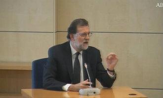 Rajoy ontkent alles voor de rechter en zegt alleen politieke verantwoordelijkheden te hebben (video)
