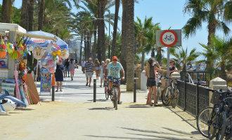 Fietsen op de strandboulevard van Marbella mag niet meer