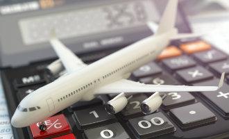 Low cost vliegmaatschappijen in Spanje verdienen steeds meer met de extra service kosten