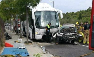Vijf doden na frontale botsing tussen terreinwagen en bus in Salou