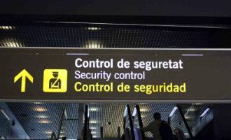 Medewerkers beveiligingsmaatschappij vliegveld Barcelona gaan vanaf 3 september staken