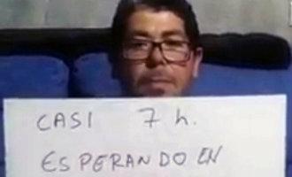 Dove man wacht meer dan zeven uur op zijn beurt in een ziekenhuis in Almería