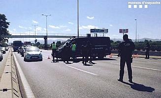 Verscherpte grenscontroles tussen Spanje en Frankrijk in Catalonië zorgen voor veel files