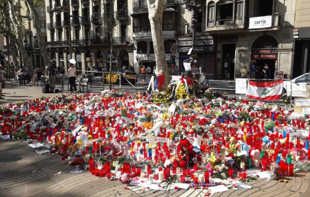 Een van de doodgeschoten terroristen in Cambrils was de chauffeur van de dodelijke bestelbus in Barcelona