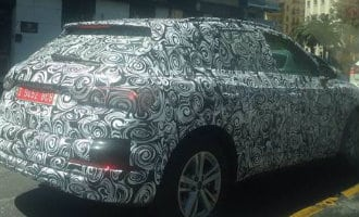 Heb jij wel eens dit soort merkloze en bestickerde auto's gezien in Spanje?