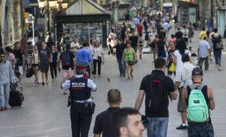 Het dagelijkse leven gaat na de terroristische acties door in Barcelona en Cambrils … en de rest van Spanje