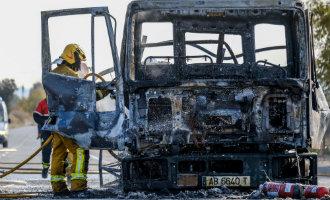 Vrachtwagen met butaan gasflessen ontploft in de gemeente Aspe, provincie Alicante
