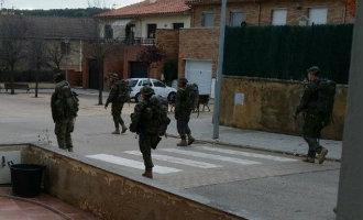 Inwoners Catalaans dorp in de provincie Girona schrikken van militairen op straat