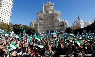 Duizenden inwoners van Extremadura vragen in Madrid om een betere treinen service in hun regio