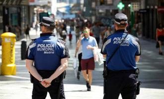 Journalisten en politici door politie agenten uit Madrid in privé Whatsapp groep met de dood bedreigd