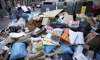 Vuilnisophalers en schoonmakers Madrid gaan staken