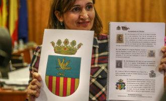 Gemeente Orihuela wijzigt het schild naar een aangepast moderner stadsembleem