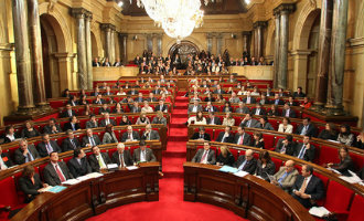 Acht van de 135 Catalaanse Parlementariërs in afwachting van de Spaanse justitie