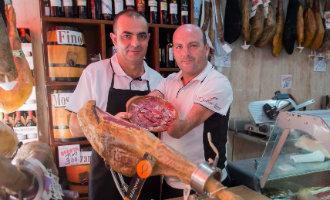 Man zonder armen is een van de beste hamsnijders van Spanje