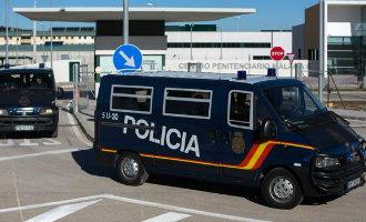 Is het overlijden van een migrant in de tijdelijke opvang-gevangenis in Archidona een gevolg van politiegeweld?