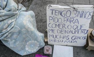 Inwoner uit Orihuela verplicht zijn 80-jarige moeder tot bedelen op straat in Murcia