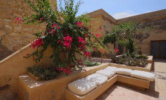 Je eigen fort kopen midden in het Cabo de Gata natuurpark aan de kust in Almería is nu mogelijk