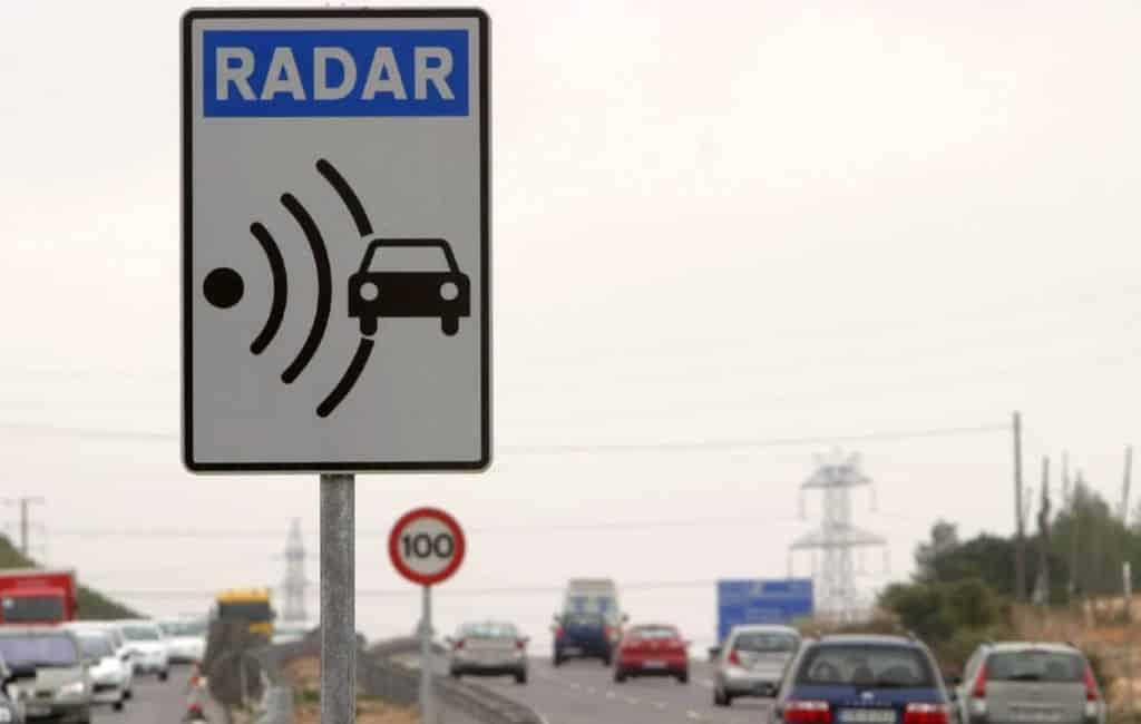 Snelheden waarbij de radar op de Spaanse wegen bekeurt