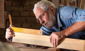 Spaanse arbeiders van 65 jaar en ouder kunnen in de toekomst wellicht én pensioen én salaris ontvangen