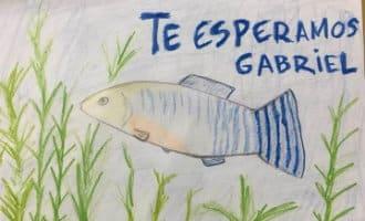 Getekende vissen als steunbetuiging van de nog steeds in Almería vermiste achtjarige Gabriel