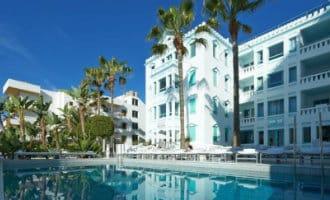 Lionel Messi koopt hotel op Ibiza