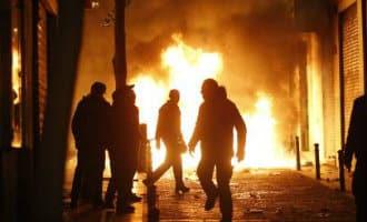 Ongeregeldheden in Madrileense wijk Lavapiés na dood van Senegalese straatverkoper (UPDATE)