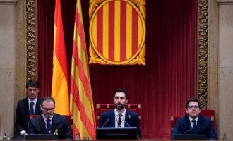 Separatisten erkennen in het Catalaanse Parlement de legitimiteit van de gevluchte Puigdemont