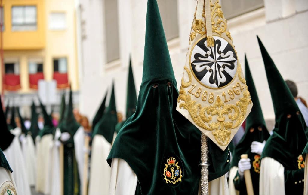 De emotionele en traditionele Semana Santa processies in Spanje