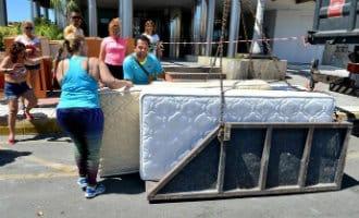 Hotels op Gran Canaria geven met daverend succes oude meubels gratis weg