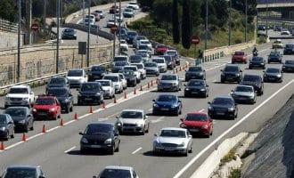 """Veel verkeer op de Spaanse wegen vanwege de """"puente de mayo"""" vrije dagen"""