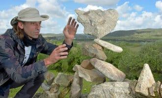 """Europees kampioen """"steen balanceerder"""" komt uit Cádiz"""
