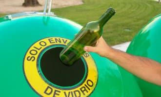 De inwoners van de Balearen eilanden zijn de grootste glas recyclers van Spanje