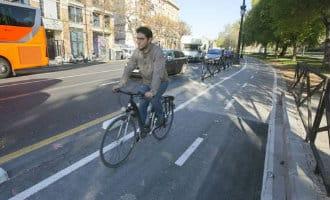 Rechter bekeurt fietser die op een fietspad een wandelaar aanreed in het Baskenland