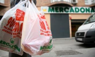 Plastic tajes Spaanse supermarkten