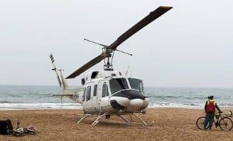 Helikopter landt op strand Cambrils