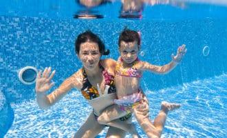Een zwembad per 39 inwoners in Spanje