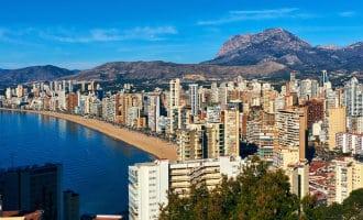 Gebouwen uit de jaren zestig aan de Costa Blanca zijn niet aardbevingsbestendig