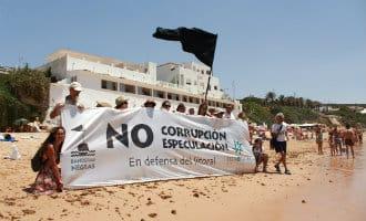 48 zwarte vlaggen voor Spaanse kust